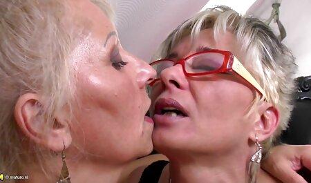 दो बहनों को फिर से एक युवा सदस्य पर कूद फुल सेक्सी मूवी वीडियो में और टोंड भयानक है