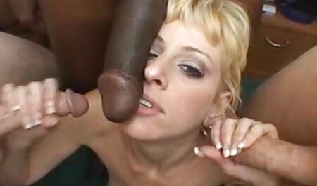 उसके प्रेमी अंग्रेजी पिक्चर सेक्सी मूवी के लिए रूसी लड़की