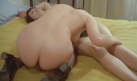वह लड़की की पैंटी फाड़ दिया और धीरे बन गया है की एक किस्म सेक्सी मूवी पिक्चर हिंदी में के बाहर अलग