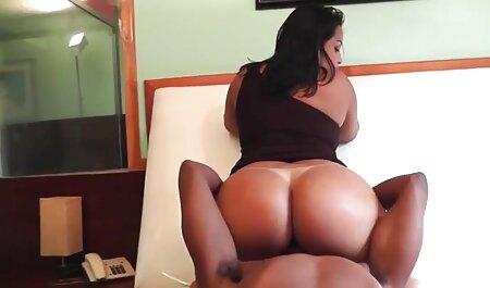 संतुष्ट सेक्सी मूवी ब्लू पिक्चर स्लिम सुनहरे बालों वाली