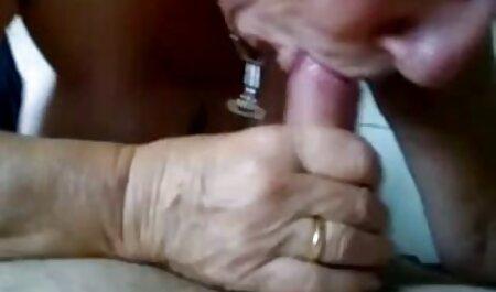 जब माता-पिता सेक्सी पिक्चर हिंदी वीडियो मूवी घर पर नहीं हैं, तो आप सेक्स कर सकते हैं