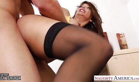 बहुत फुल सेक्सी मूवी वीडियो में बड़ी लड़की खुश के साथ रूसी लड़की