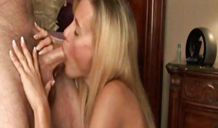 मैं फुल सेक्सी मूवी वीडियो में एक जवान लड़की की एक पिछवाड़े में डाल दिया, इच्छा से भरा