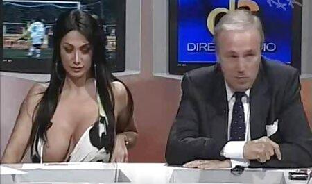 दो आदमी इंग्लिश मूवी सेक्सी पिक्चर एक वेश्या के साथ काम कर रहे हैं.