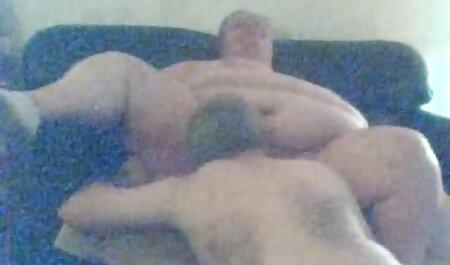 स्लिम सौंदर्य बीएफ सेक्सी पिक्चर फुल मूवी बहुत पीछे एक छेद विकसित की है
