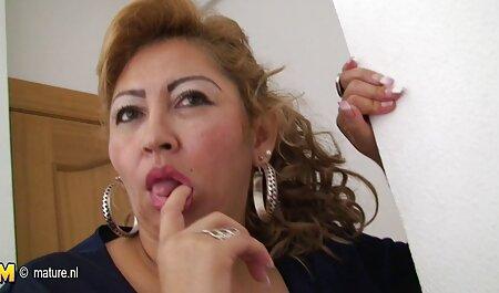 लड़की कैनेडी लेह सोफे पर अपने सेक्सी पिक्चर वीडियो मूवी प्रेमी को मिलता है