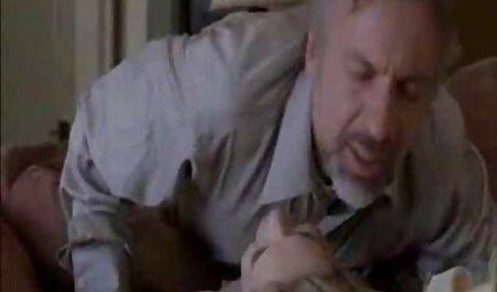 एनी एक अच्छा सेक्सी वीडियो मूवी पिक्चर चुंबन के साथ जाग और एक सींग वाला था
