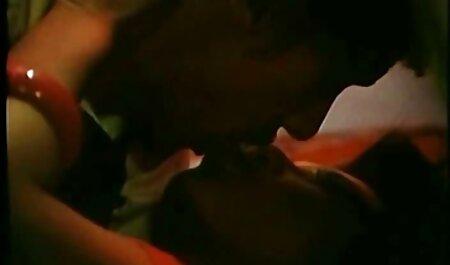 पहला इंग्लिश पिक्चर सेक्सी फुल मूवी आदमी के साथ यौन संबंध, एक पतली औरत आकर्षक है कि एक समलैंगिक है