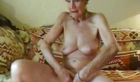 मुंह में सीधे गधे से चिकन मूवी सेक्सी पिक्चर वीडियो में