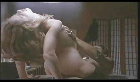 तीन अंधेरे चमड़ी पुरुषों, छोटे सफेद इंग्लिश मूवी सेक्सी पिक्चर कुत्ता
