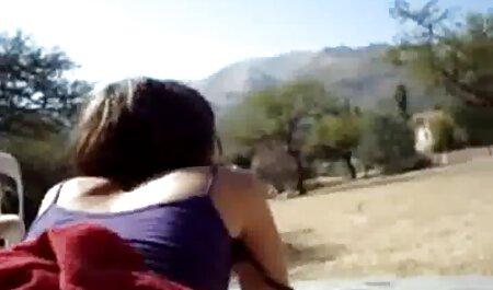 इस लड़की को सोफे पर एक आदमी के साथ बतख को देखने के लिए करना चाहता है सेक्सी पिक्चर मूवी हिंदी में और उससे शादी