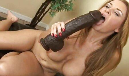 पतली लड़की फुल सेक्सी मूवी वीडियो में दोनों छेद दबाया