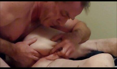 बहुत खूबसूरत स्तन और मुंडा के सेक्सी ब्लू पिक्चर हिंदी मूवी साथ वापस लड़कियों में